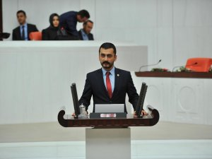 Eren Erdem'den Meclis'e basın kanunu teklifi