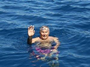 Deniz Baykal kulaç attı: Bir an önce hükümet kurulsun dedi