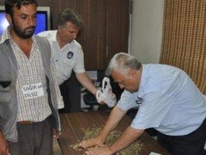 Gözaltına alınan dilencinin hasılatı: 500 lira
