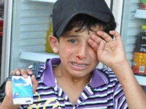 İzmirli esnaftan Suriyeli çocuğa dayak!