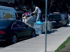 CHP ve MHP önünde aynı sahte plakaya sahip iki araç görüntülendi!
