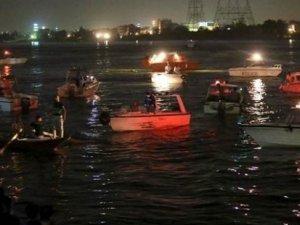Nil Nehri'nde facia: Yük gemisiyle yolcu gemisi çatıştı