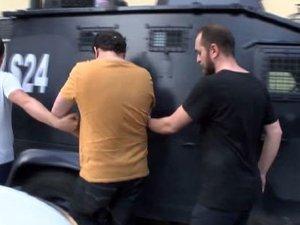 Kilis'te 2 IŞİD üyesi yakalandı