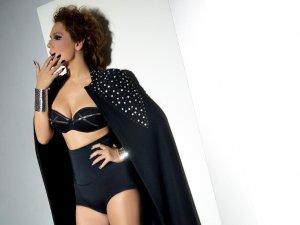 Demet Akalın Jennifer Lopez oldu!