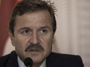 Galatasaray yönetiminde istifa depremi