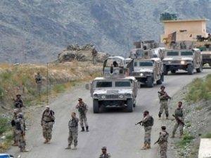 Afganistan'da Taliban mevzisi bombalandı