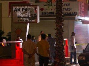 Ak Parti binasına saldırdı