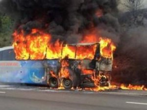 Otobüs alev aldı, yolcular ölümden döndü