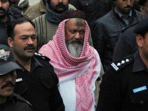 Pakistan'da sünni örgüt lideri öldürüldü
