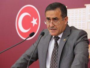 İhsan Özkes MHP'ye mi geçiyor?