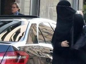 Gisele Bündchen Burka giydi