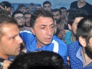 Trabzonspor'a olaylı karşılama, Şota'yı polis kurtardı!