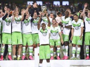 Almanya'da sezonun ilk kupası Wolfsburg'un