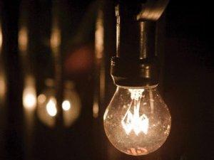 İstanbul Anadolu Yakası'nda yine yeni yeniden elektrik kesintisi