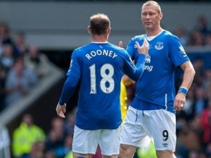 Rooney jübile için Everton'da
