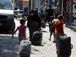 İzmir'deki Suriyeliler için flaş karar