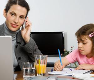 Çalışan anneler için 300 lira kreş ödeneği