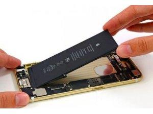 Yeni iPhone'un bataryası teknoloji dünyasını ikiye böldü