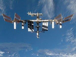Uzay istasyonuna gidecek kozmonotlar çalışmalara başladı