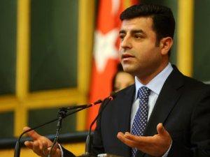 Demirtaş'tan PKK'ya silah bırakma çağrısı