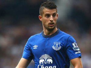 Mirallas, Everton ile nikah tazeledi