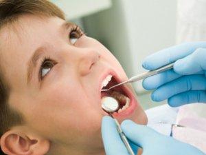 Çocuklarda diş muayenesi korkusunu önlemek için 10 öneri