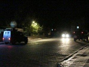 Tunceli'de bomba yüklü araç patladı: 1 polis yaralı