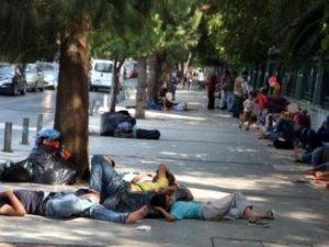 İzmir'deki Suriyeliler için karar verildi