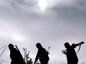 Diyarbakır'da karakola roketatarlı saldırı:1 şehit