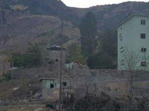 Pülümür'de bomba yüklü araçla saldırı; 5 yaralı