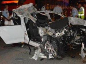 Bursa'da korkunç kaza: 3 ölü, 2 yaralı