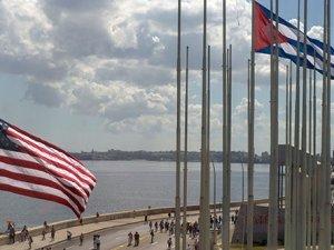 Küba bayrağı 54 yıl sonra ABD'de