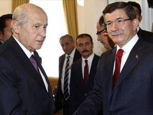 Ahmet Davutoğlu, Devlet Bahçeli'ye üç teklifle gidecek