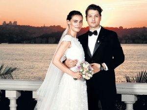 Sekiz ay sonra düğün
