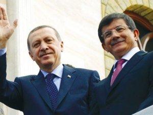 Başbakan Davutoğlu görevi iade edecek mi?
