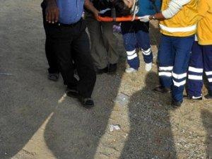 İşçiler kamyonetten düştü: 2 ölü, 4 yaralı