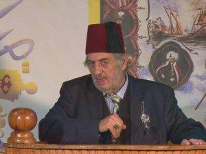 Saray'da bir Atatürk düşmanı