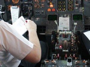 Norveç'te alkollü pilot skandalı