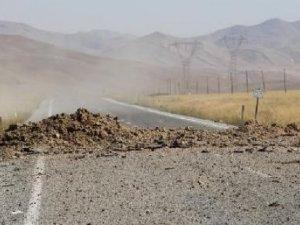 Van'da askeri konvoya bombalı tuzak