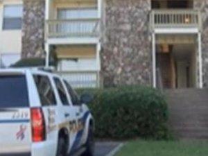2 yaşındaki bebek babasını öldürdü