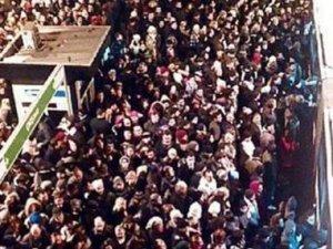 İstanbul'un çilesi metrobüs oyun oldu