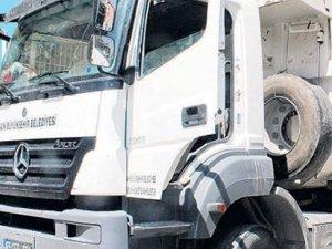 Van Emniyet Müdürlüğü: Resmi plakalı bir kamyonda 100 kg patlayıcı bulundu