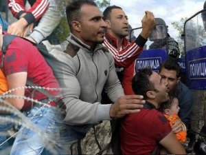 Makedonya'da polis vahşeti!