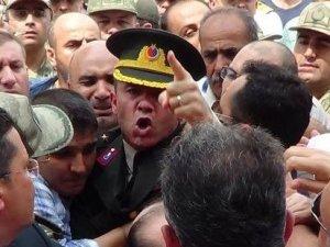 Şehit yüzbaşının yarbay ağabeyi isyan etti: Herkes bu isyanı konuşuyor!