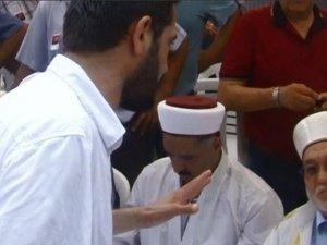 Şehit Alkan'ın cenazesinde bir tepki de müftüye