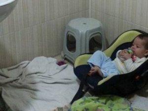 Küçük bebek büyük çatışmadan kurtuldu
