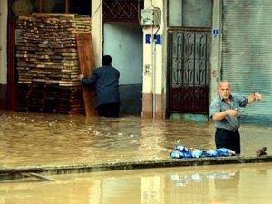 Artvinli vatandaşlardan tepki: Elektrik yok, su yok, ekmek yok; yardıma gelen yetkili de yok!