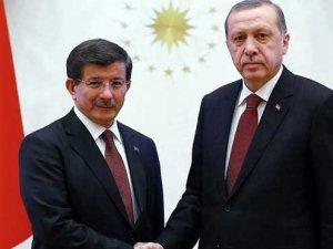 Başbakan Davutoğlu ve Cumhurbaşkanı Erdoğan arasında kritik görüşme başladı