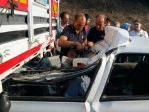 TEM'de vahim kaza: 2 ölü 2 yaralı