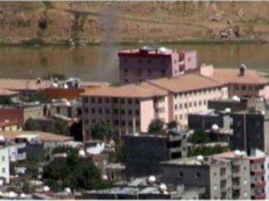 Cizre'de PKK roketatarla saldırdı: 1 ölü, 3'ü asker 7 yaralı